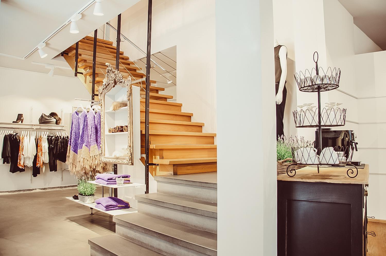 Treppenaufgang im Store von Keller-Warth in Ravensburg