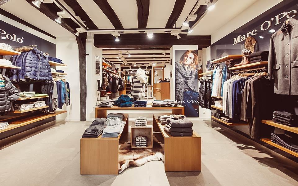 Eingangsbereich im Keller-Warth-Store mit Marc O'Polo Kleidung