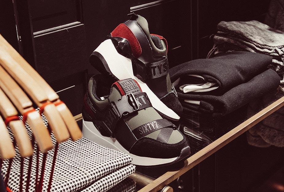 Stylische Sneaker im Trandstore in Biberach