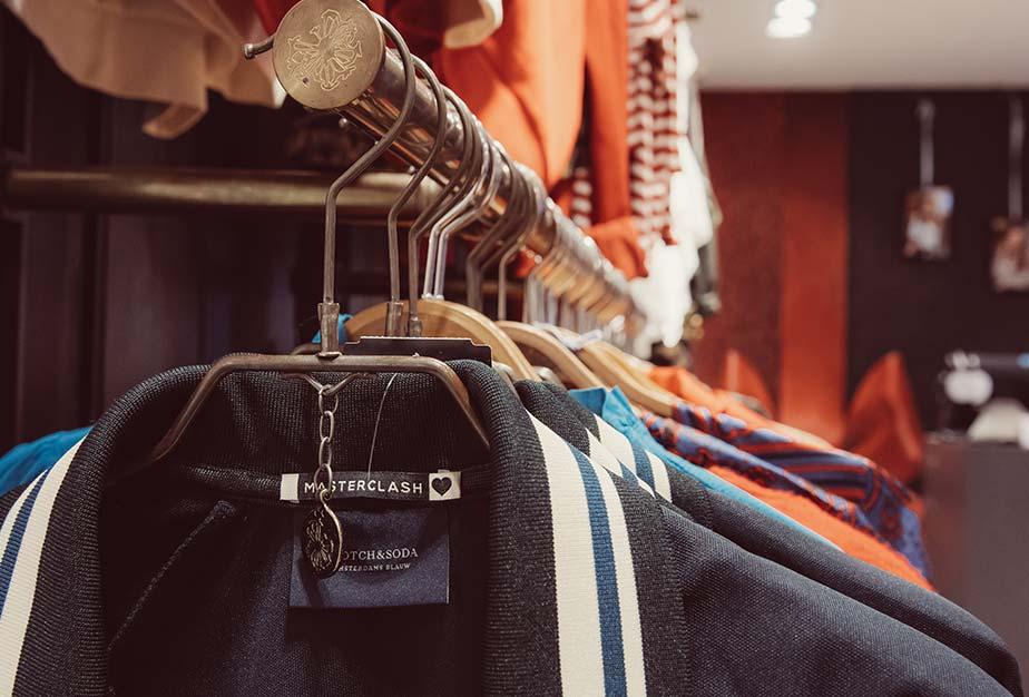 Kleidung von Masterclash im Trendstore in Biberach