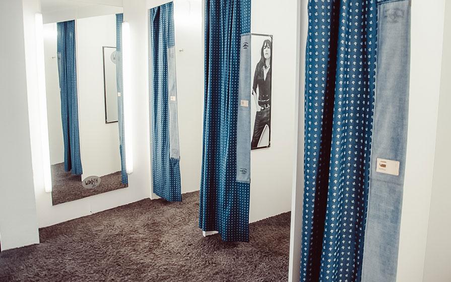 Ankleideräume im Warth Blu Store in Ravensburg