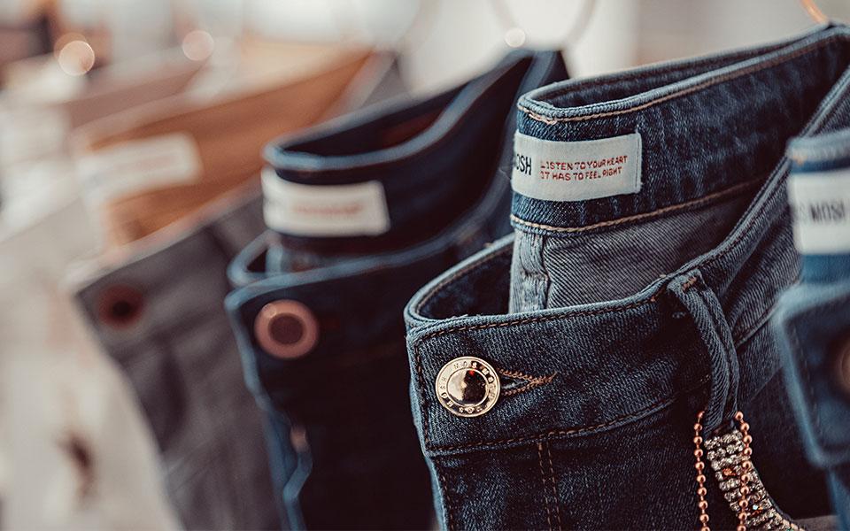 Jeans im Modehaus Keller-Warth in Biberach